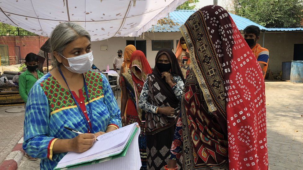 Health official Neelam Chaudhary at a Delhi government shelter