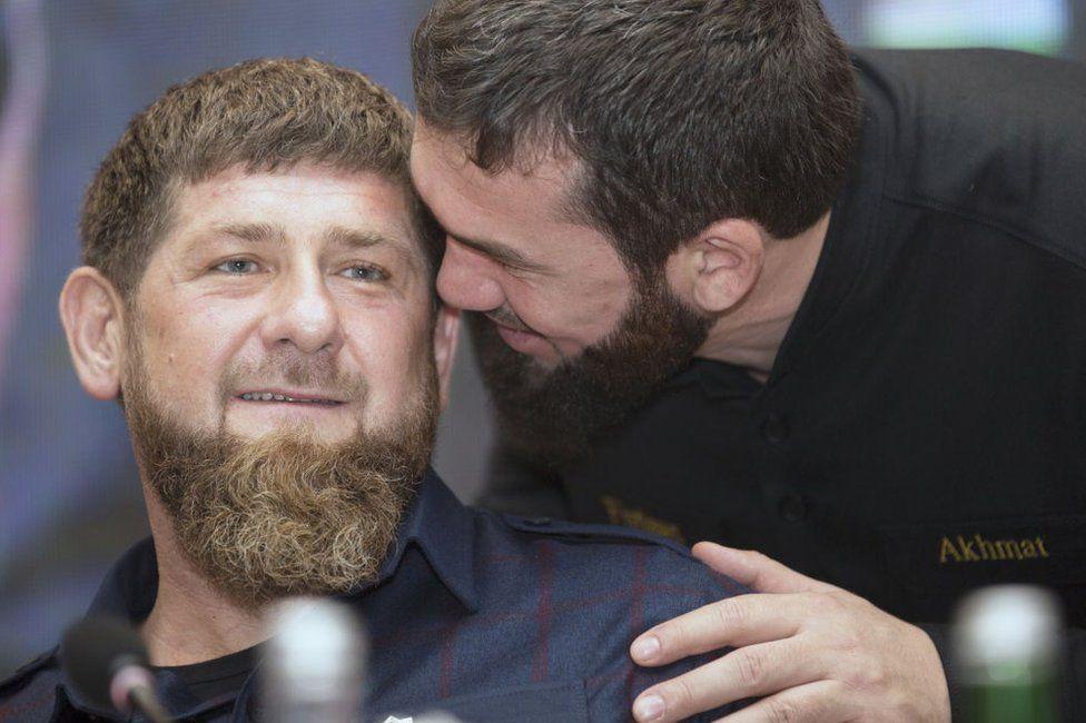 Magomed Daudov whispers in the ear of Ramzan Kadyrov
