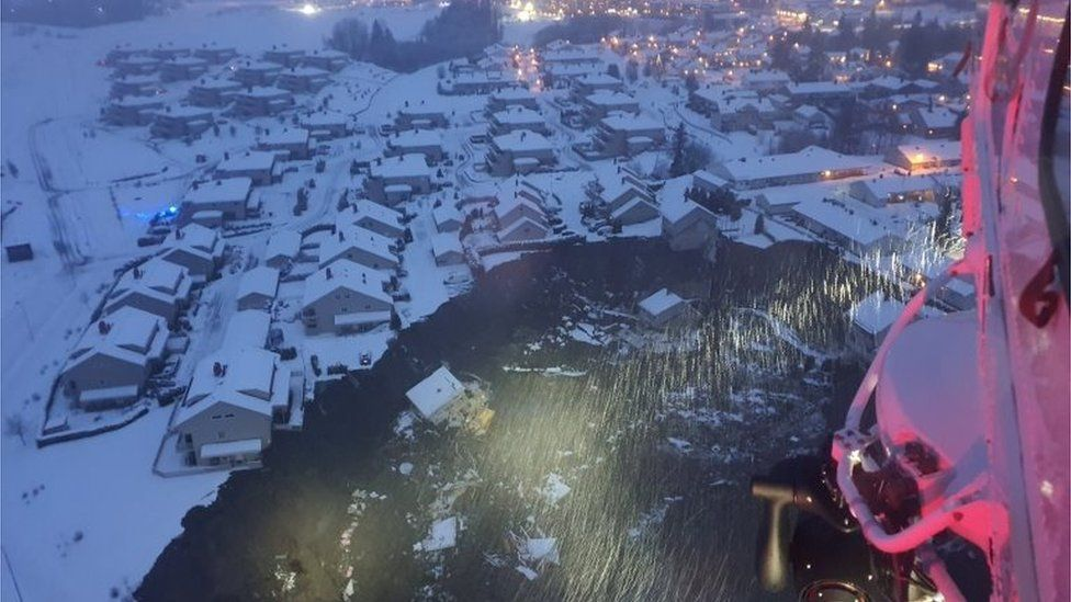 View of landslide from helicopter in Norway's Gjerdrum, 30 December 2020