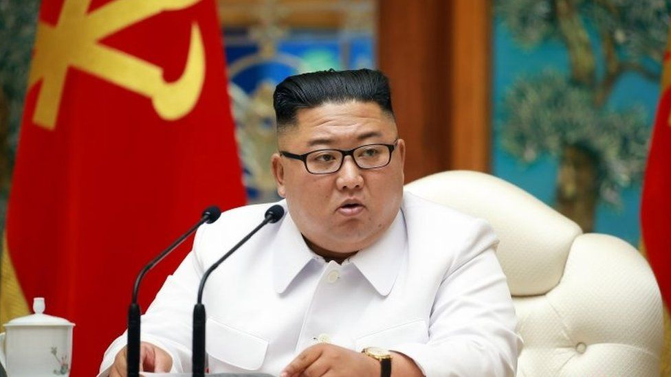 """A North Korean state media photo from the weekend of Kim Jong-un at the emergency meeting held to discuss the """"Covid-19"""" patient"""