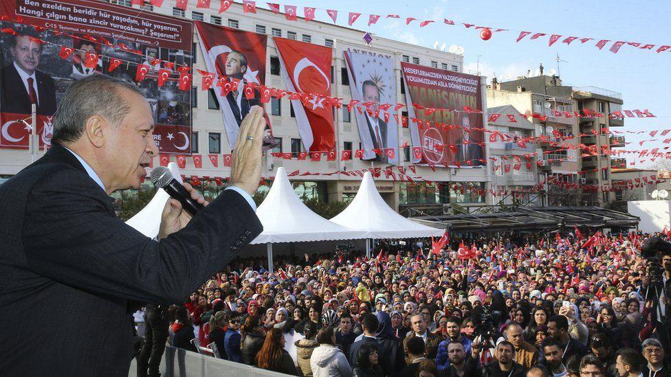 President Erdogan at rally, 24 Feb 17