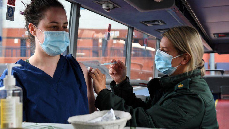 vaccine bus