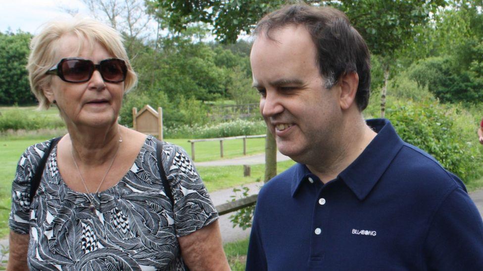 Simon and mum