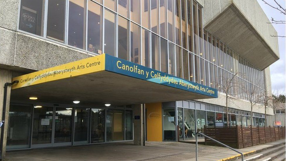 Canolfan y Celfydyydau Aberystwyth