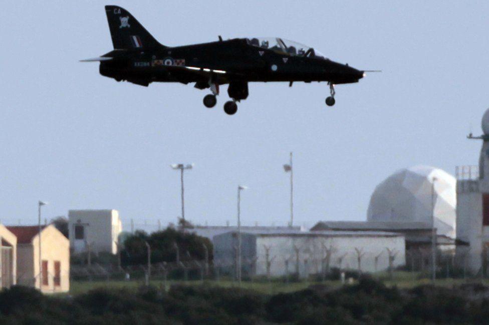 RAF Hawk jet lands at Akrotiri base, Cyprus, 19 Mar 11