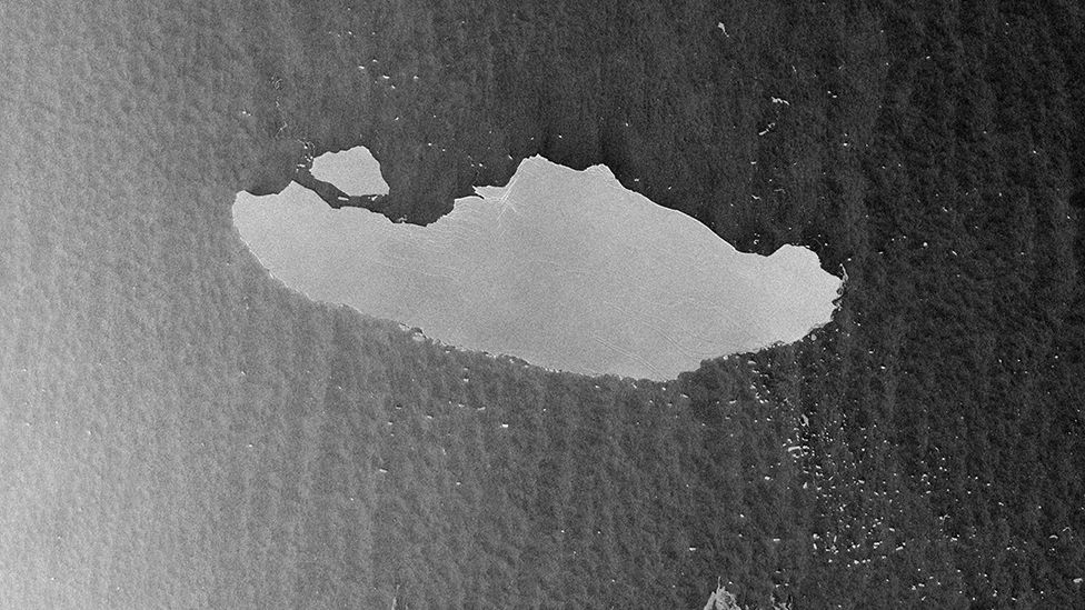 Antarctica's A-68: Is the world's biggest iceberg about to break up?