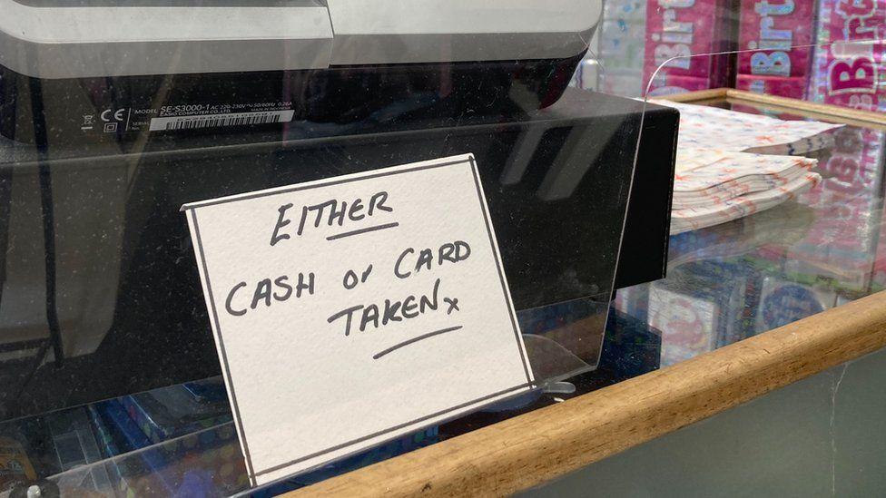 Cash or card taken sign