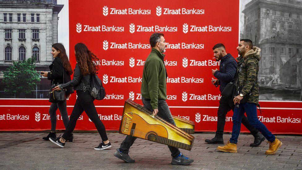 Ziraat Bankası kredi kartı kampanyası: Yükü kim sırtlayacak?