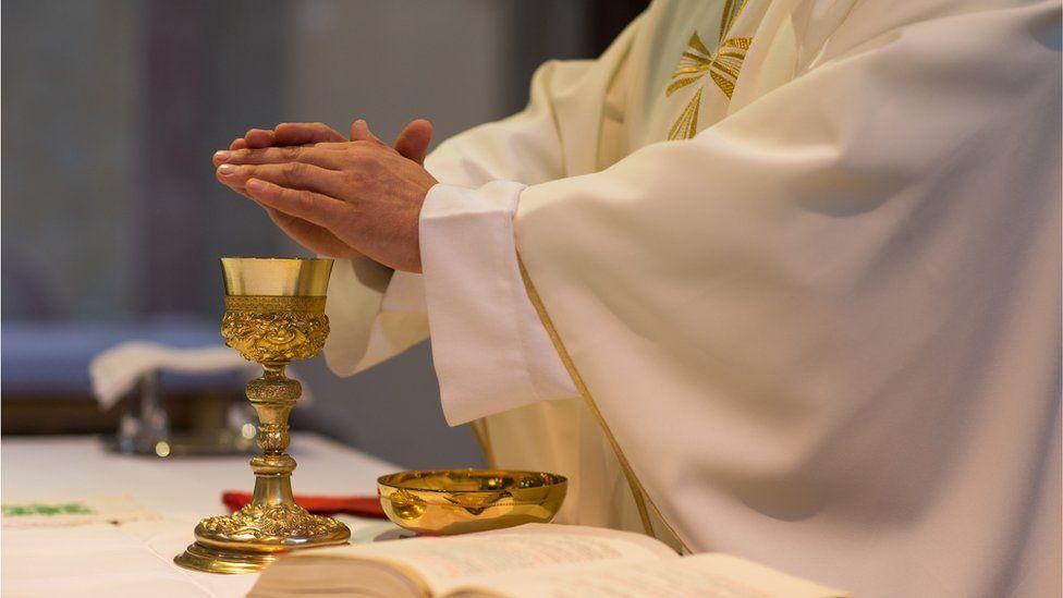 Catholic communion ceremony