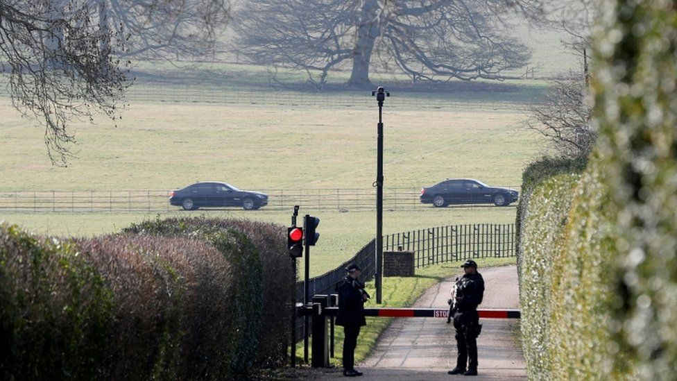 Armed police outside Chequers