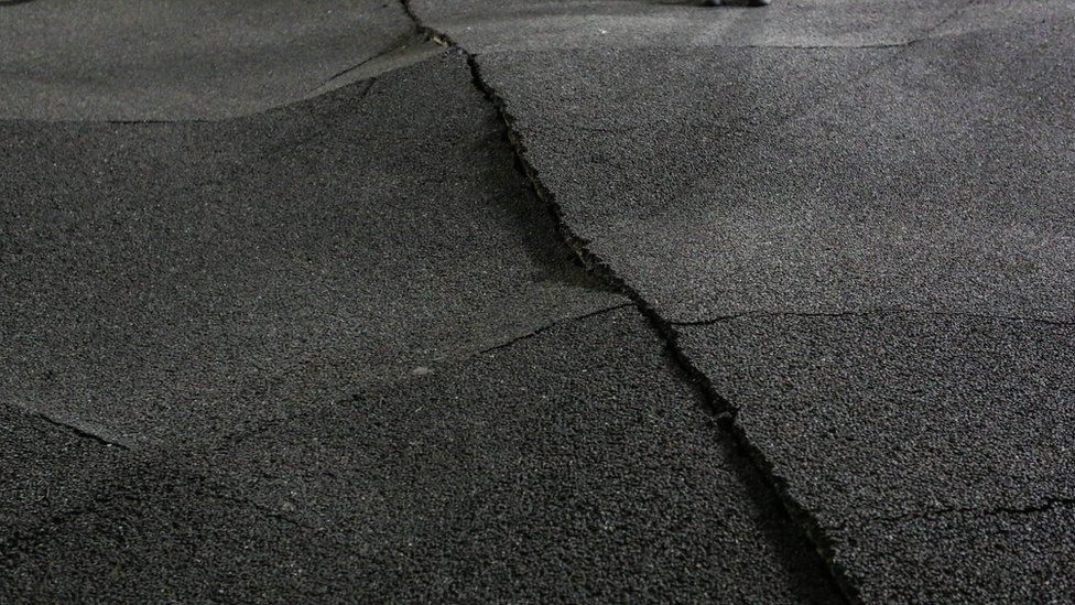 Broken pavement is seen after the quake in Kumamoto, Japan (16 April 2016)