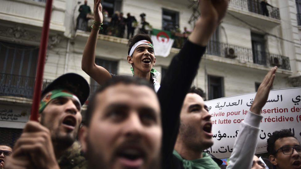Algerians demonstrate