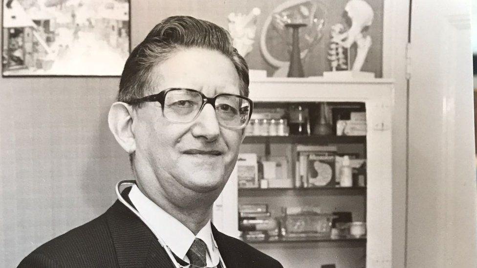 Ben Boulos's paternal grandfather, Richard Bland