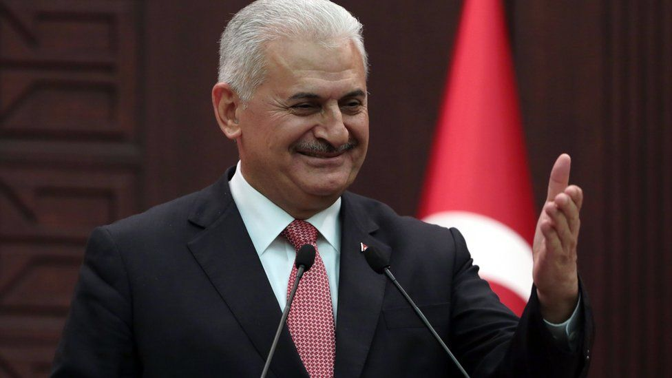 Turkish Prime Minister Binali Yildirim at a news conference in Ankara (27 June 2016)
