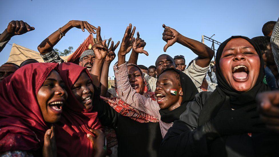 Female protesters in Khartoum, Sudan