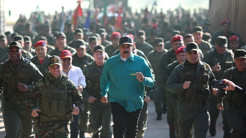 Nicolas Maduro (c), exercises with soldiers at Fort Paramacay, in Carabobo, Venezuela, 27 January 2019
