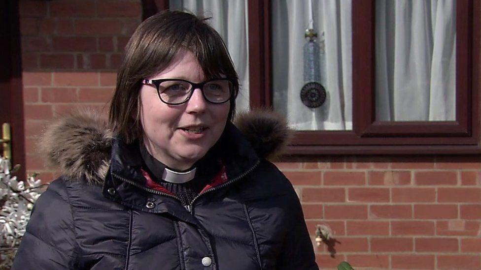 Rev Eleanor Robertshaw