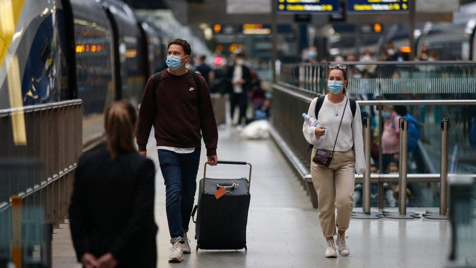 People arriving in London on Eurostar