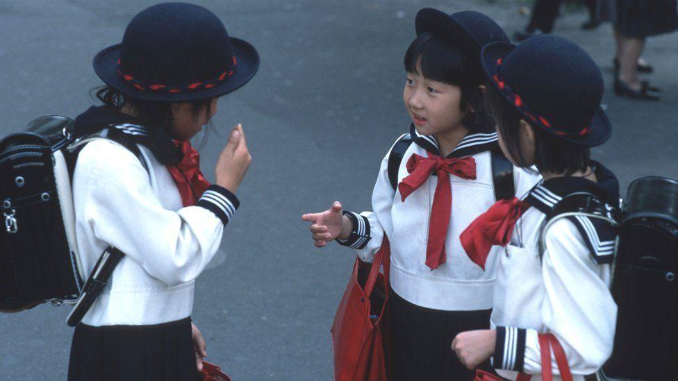 Japanese schoolgirls, 1990 file pic