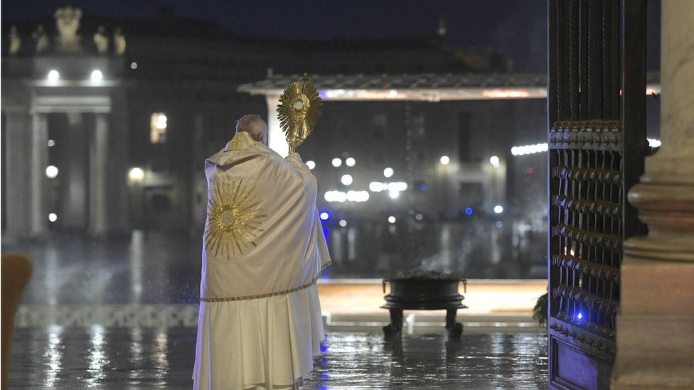 Pope gives blessing to empty square