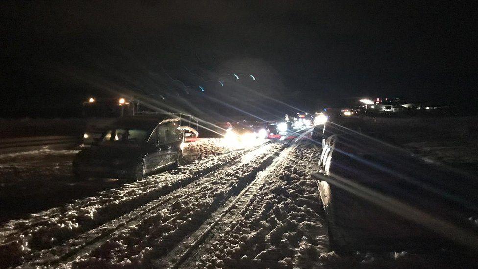 Cars stuck on A30