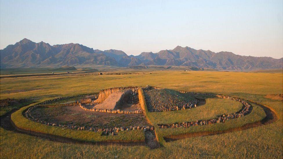 Saka burial mound
