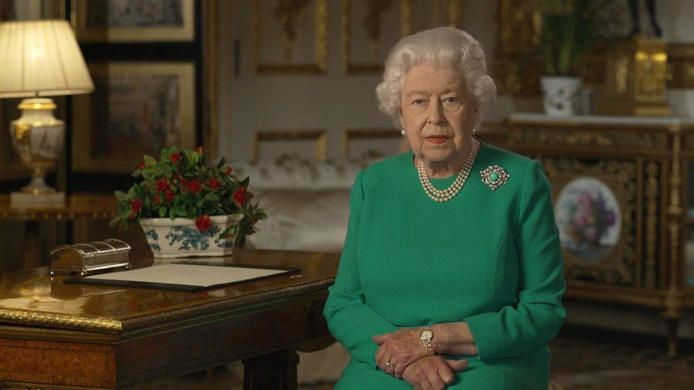 The Queens Christmas Speech 2021 Queen S Christmas Speech You Are Not Alone Bbc News