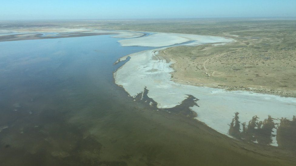 A view of Lake Eyre from the sky