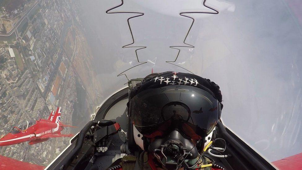 Red Arrows cockpit footage