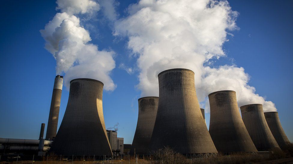 Climate change: Fossil fuels must stay underground, scientists say thumbnail