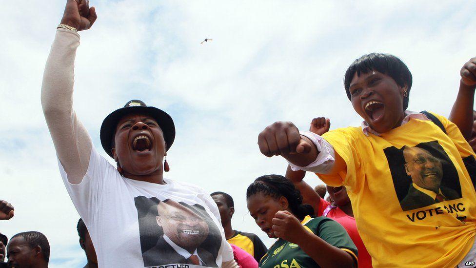 Pro Zuma demonstrators at an Nkandla protest