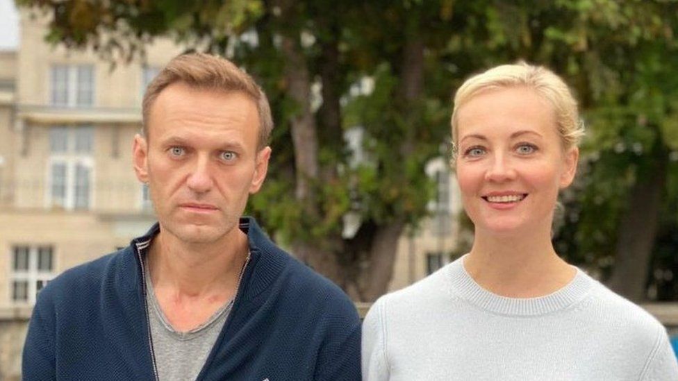 Alexei Navalny in Berlin with wife Yulia, 2 Oct 20