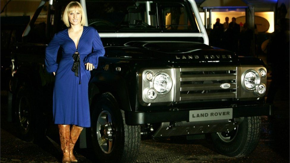 Zara Phillips and a Land Rover
