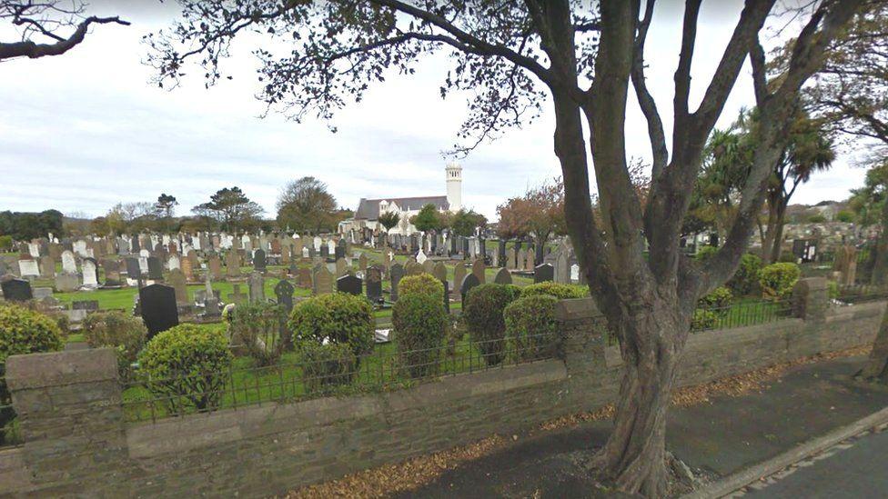 Douglas crematorium