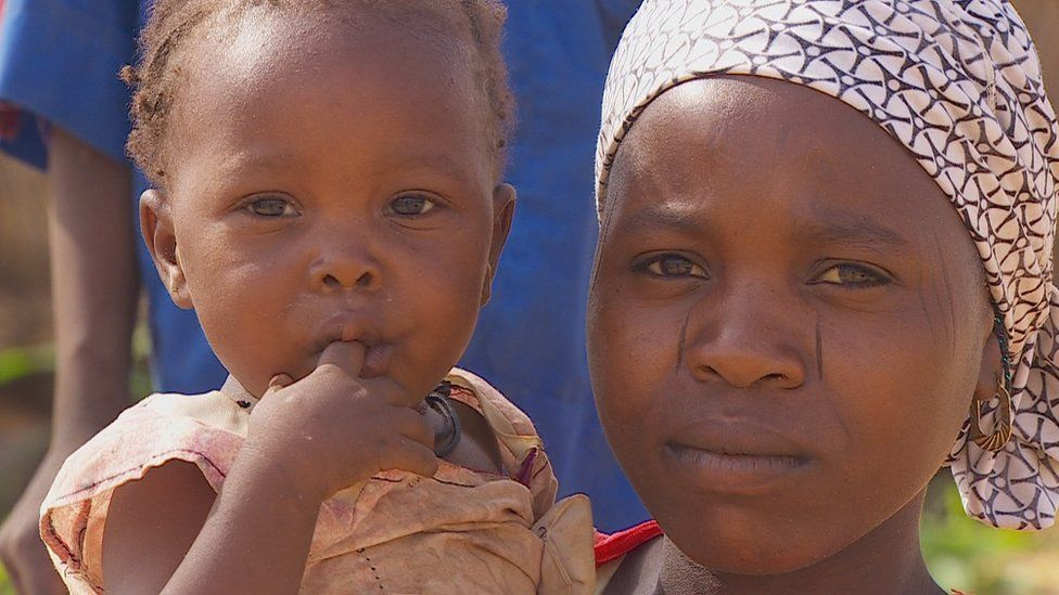 Mother and child in Niger