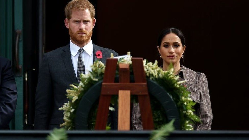 Prince Harry, Duke of Sussex and Meghan, Duchess of Sussex lay a wreath during a wreath laying ceremony at Pukeahu National War Memorial Park on October 28, 2018 in Wellington, New Zealand