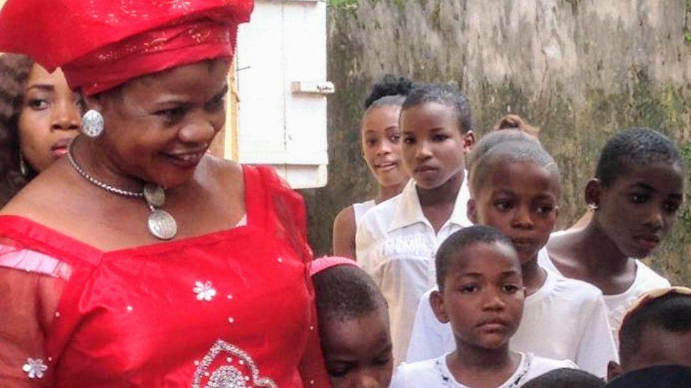 Lizben Agha with Igbo Jewish children