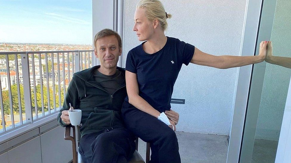 Alexei Navalny and his wife Yulia Navalnaya pose for a picture at Charite hospital in Berlin, Germany