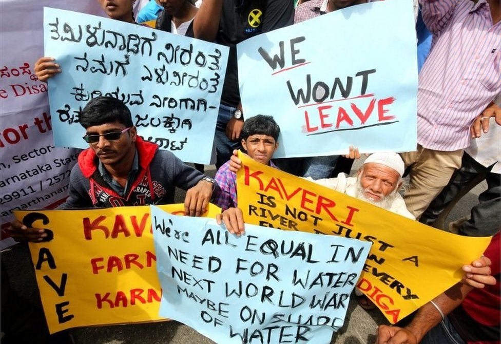 Pro-Karnataka activists hold banners during a protest in Bangalore, India, 09 September 2016.