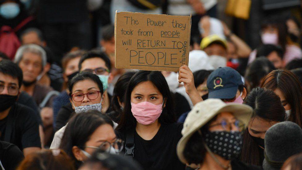 113765889 gettyimages 1227680574 - Ini Penyebab Warga Thailand Demo Berbulan-bulan
