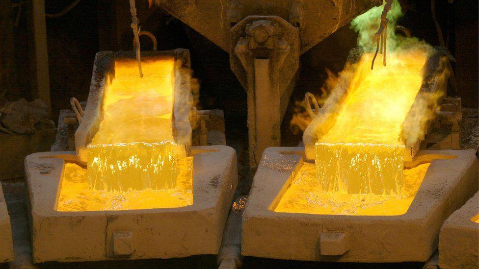Por qué se está disparando el precio del cobre en el mundo y qué efectos puede tener en Chile y Perú