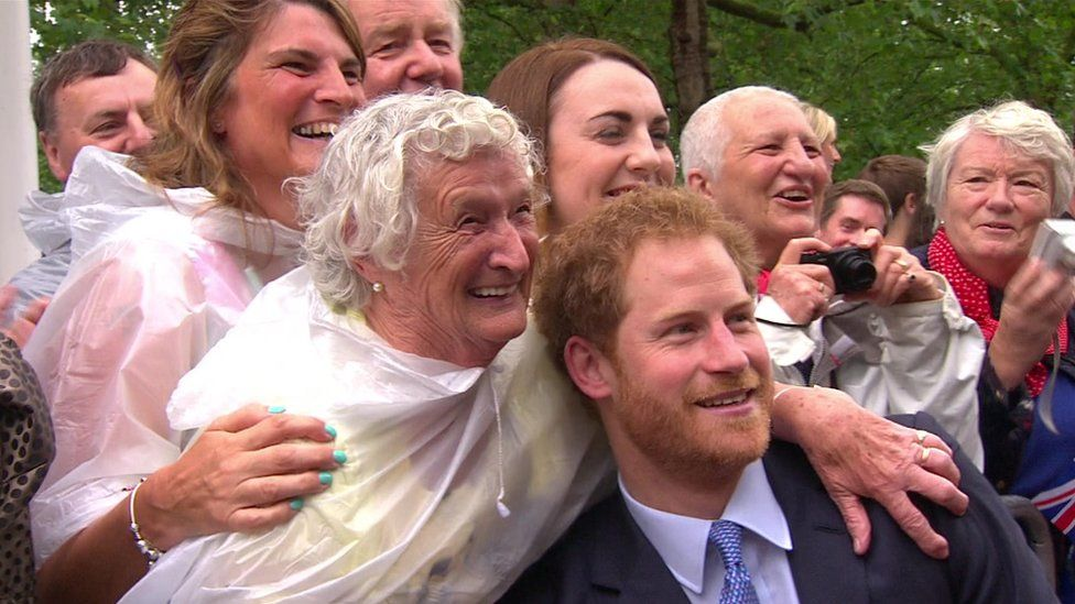 Prince Harry posed for photographs with the crowd