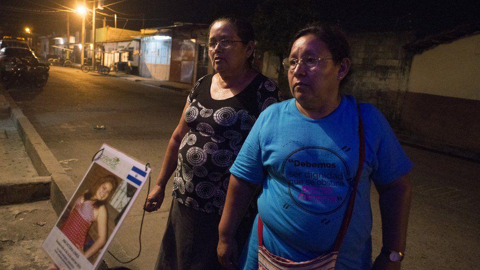 Mercedes Lemus (left) stands next to Anita Zelaya (right)