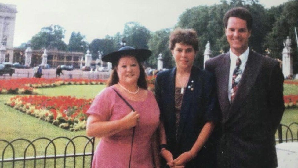 Dianne McPherson DofE Leader, Julia Lewis and Rob Steemson