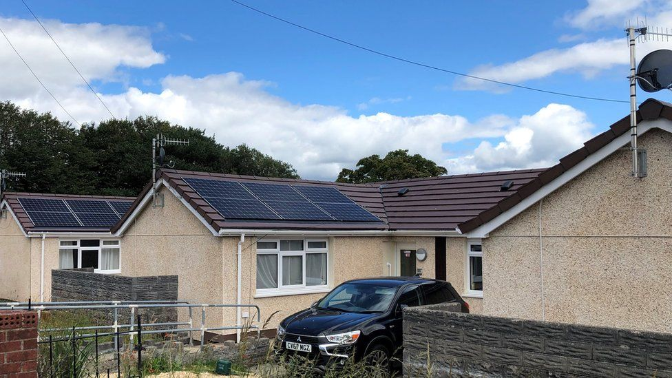 A row of bungalows in the Swansea valley have recently undergone a retrofit by the council