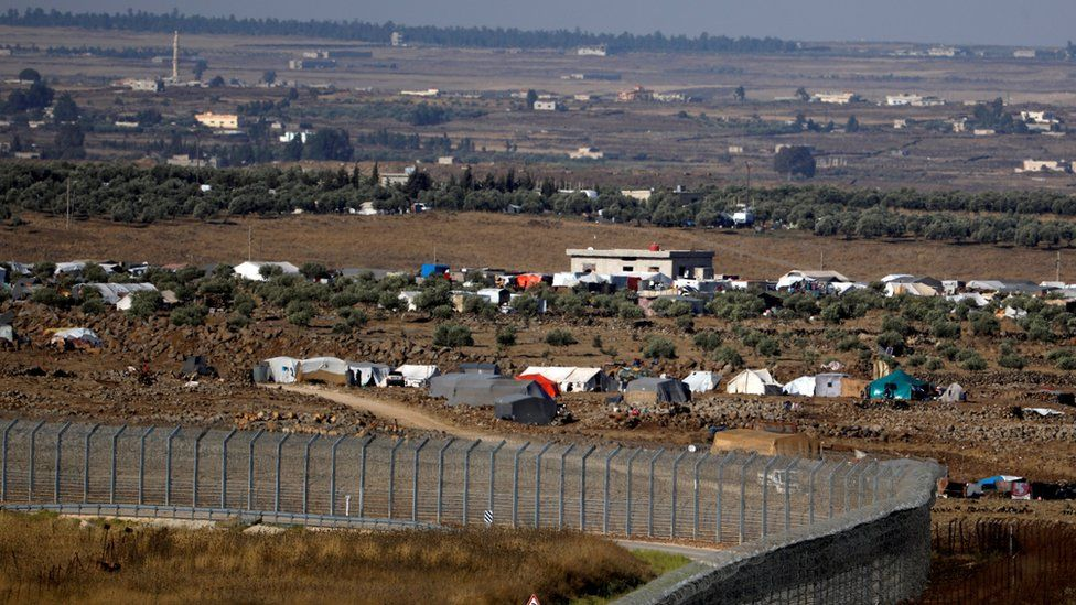 Tents erected by displaced Syrian civilians along the frontier with the Israeli-occupied Golan Heights (3 July 2018)