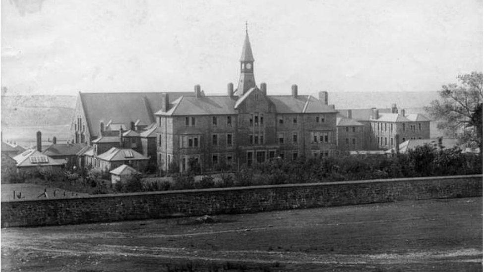 Parc Hospital