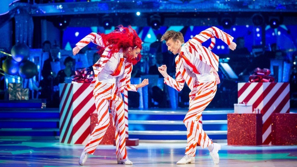 Joe Sugg and Dianne Buswell on the dance floor
