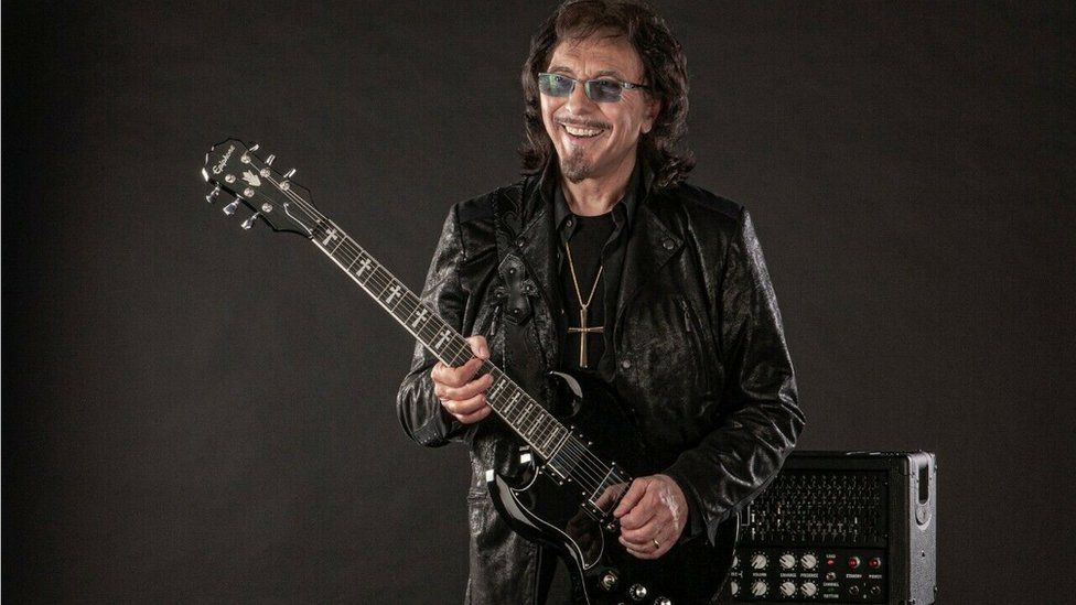 Tony Iommi with guitar