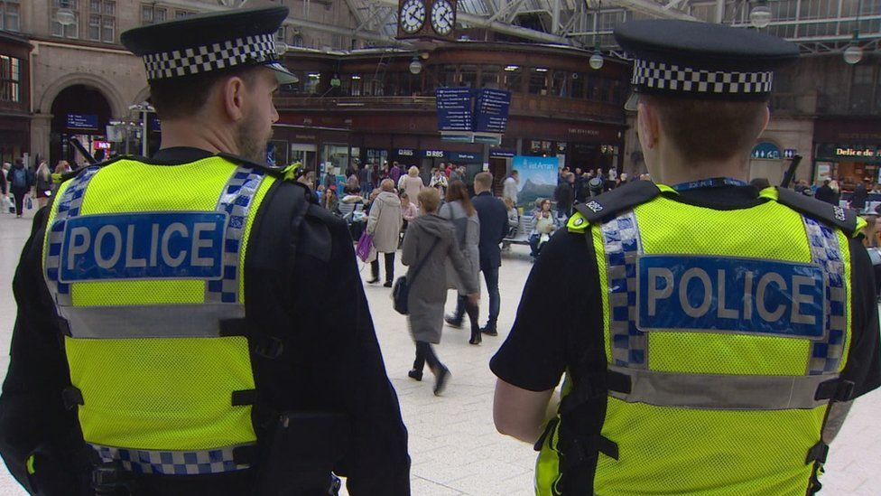 Police at Glasgow Central